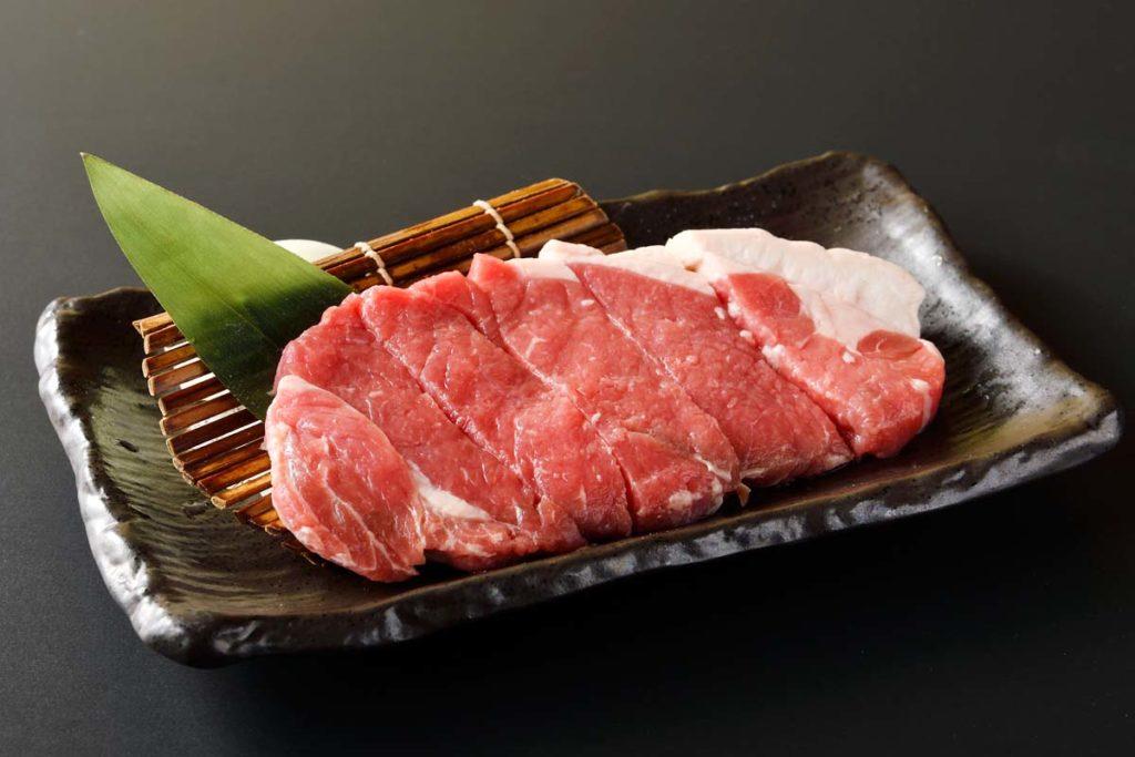 焼肉食べ放題牛ステーキ